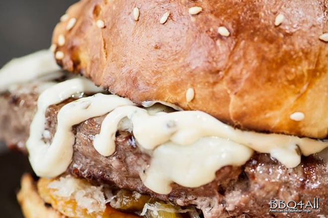 hamburger peperoni maionese