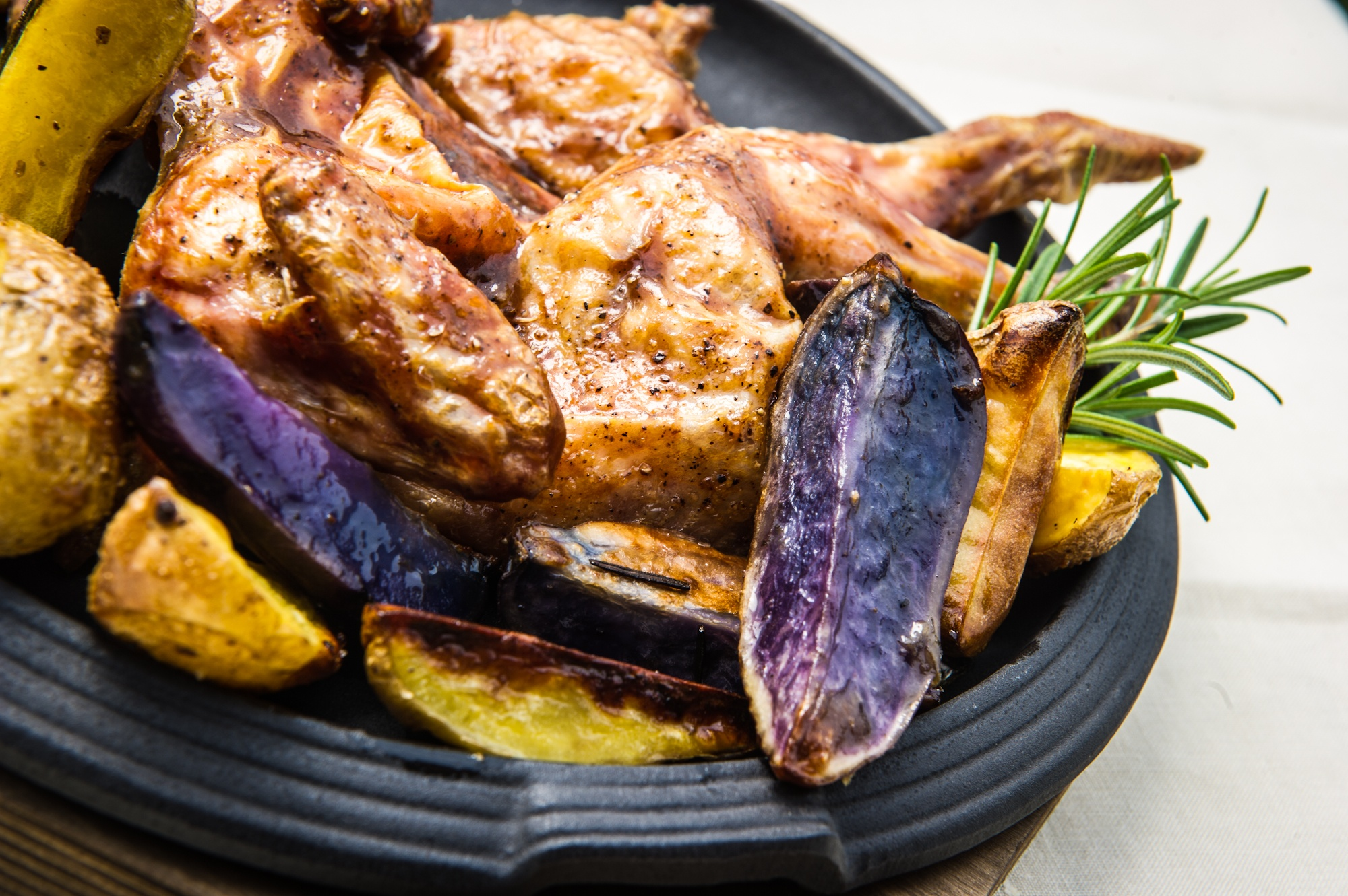 Galletto-e-patate-viola
