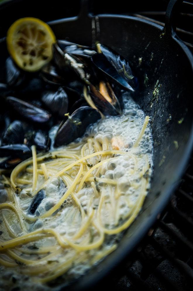 spaghetti-con-le-cozze-al-limone