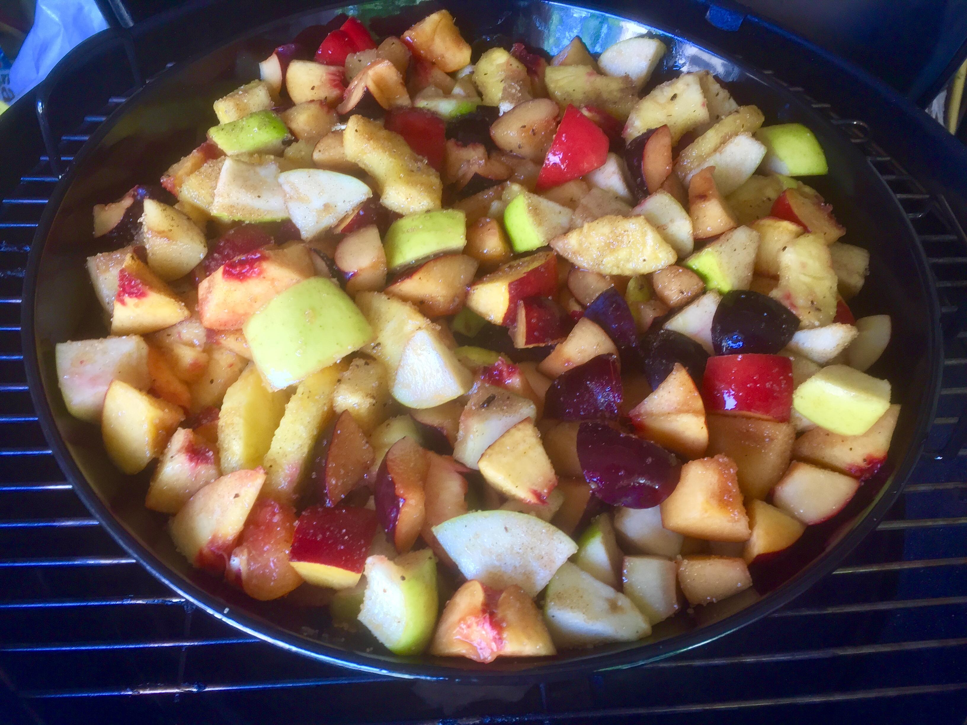 Macedonia di frutta grigliata